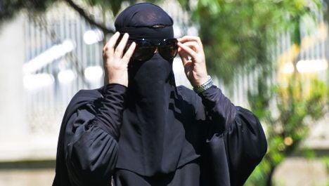 Survey: majority of Swiss in favour of burqa ban