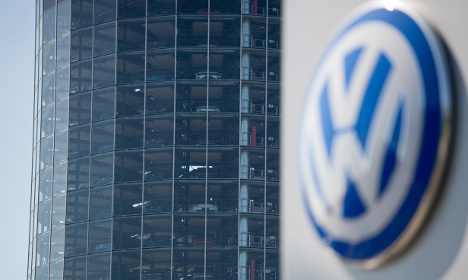 VW to hold talks on production-crippling dispute