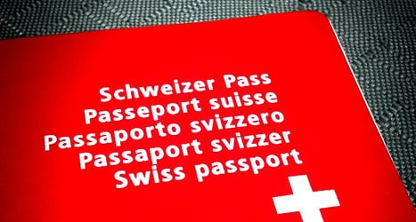 Socialist Party to help expats become Swiss