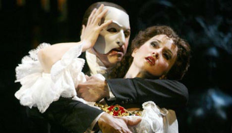 'Curse of Phantom' strikes as Paris theatre burns