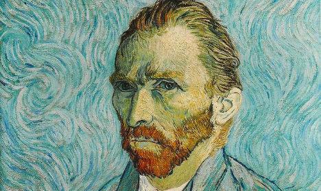 Italian police recover stolen Van Gogh paintings