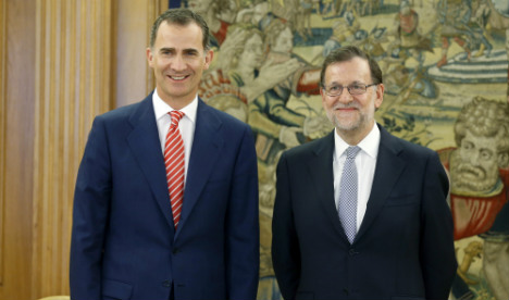 Spain's king delays further talks to end political impasse