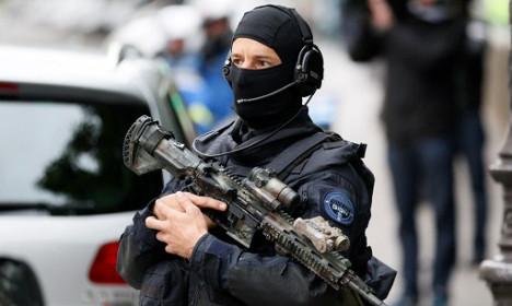 What Paris teen pranksters risk after false terror alarm