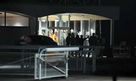 Police hunt robbers after Sweden racetrack heist