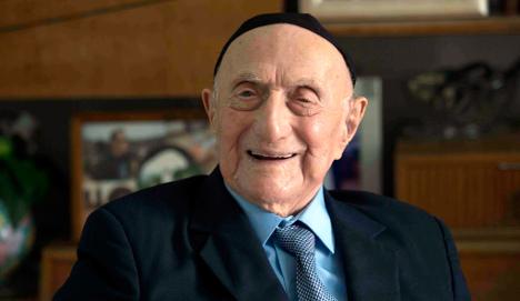 112-year-old Holocaust survivor to have bar mitzvah