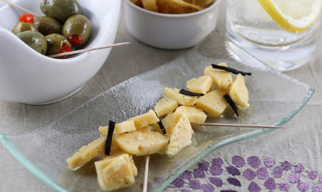 How to make this weird but delicious cheese snack