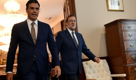 Socialists under pressure to allow PP to form government