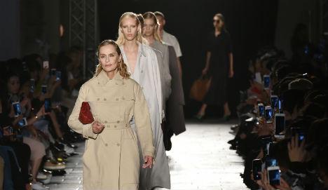 Generations of glamour unite to toast Bottega Veneta