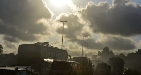 WHO calls for action against air pollution
