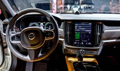 Volvo recalls 127,000 cars worldwide