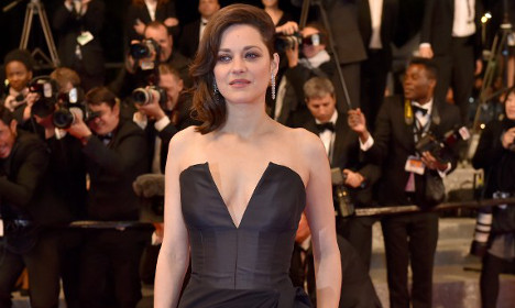 French actress Marion Cotillard rebuffs rumours of fling with Brad Pitt