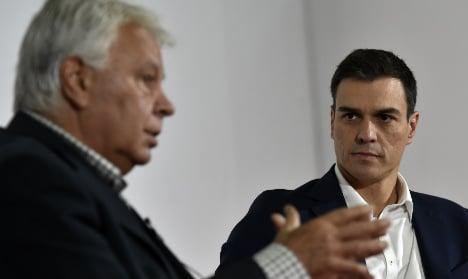Socialists in open warfare as ex-PM blasts Sanchez
