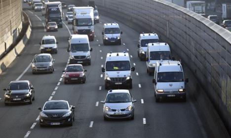 Paris motorists to fund city's public transport system