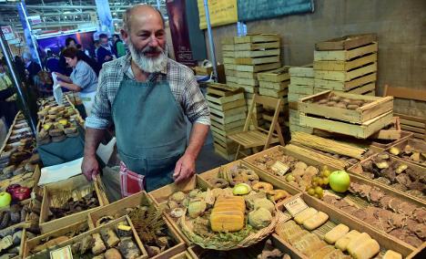 Massive 'Slow Food' Festival kicks off in Italy