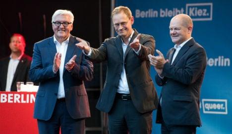 Merkel faces new gains by anti-migrant AfD in Berlin