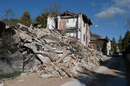 IN PICTURES: Chaos and collapsed buildings as Italy hit by another quake