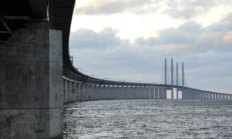Four arrested for trying to cross Öresund bridge on foot