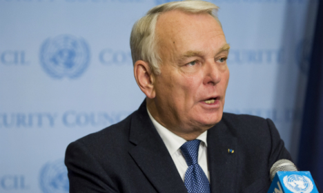 French FM calls for end to Aleppo 'massacre'