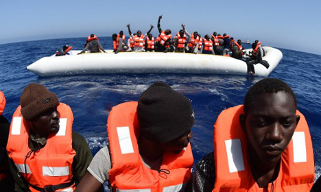 Nine dead as Italy rescues 6,055 migrants on disaster anniversary