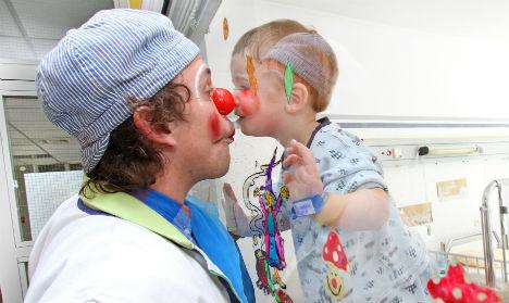 Scary clown craze endangers crucial work of clown 'doctors'