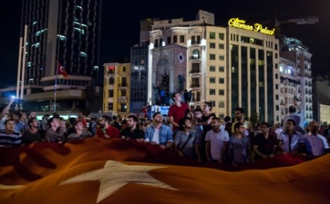 Dozens of Turkish diplomats apply for asylum in Germany