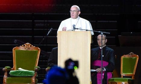 Pope calls for 'revolution of tenderness' towards refugees