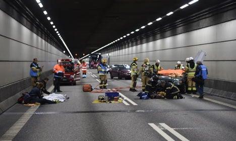 Train 'burns' and cars collide in Öresund bridge drill