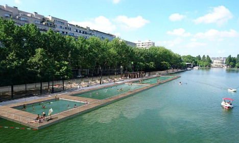 Paris aims for free canal swimming pool for summer