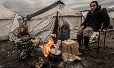 UK and France close to deal on Calais child refugees