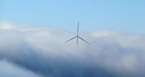 Eco group fights Bern over wind farm plans