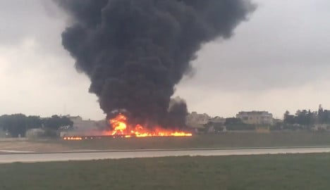 French ministry of defence officials die in plane crash