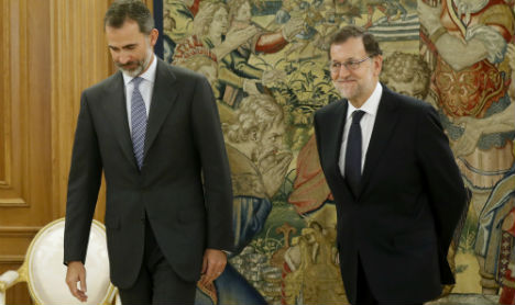 Spain's Rajoy says king has tasked him with forming govt