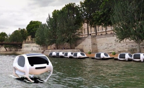 Paris: 'Flying' water taxis to be tested on River Seine