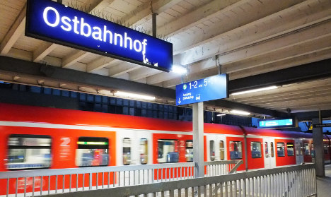 Up to 50 teens harass police officers in Munich train station