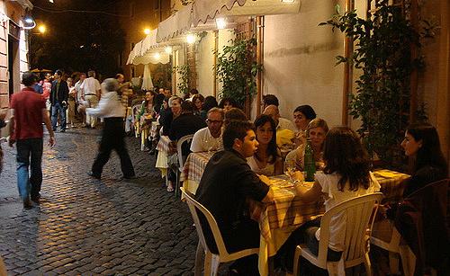 A quarter of Rome's restaurants risk closure over poor hygiene, police warn