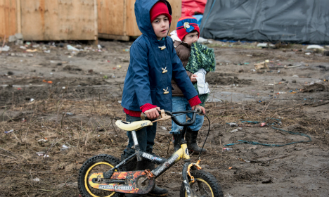 France's 'Jungle' children arrive in UK