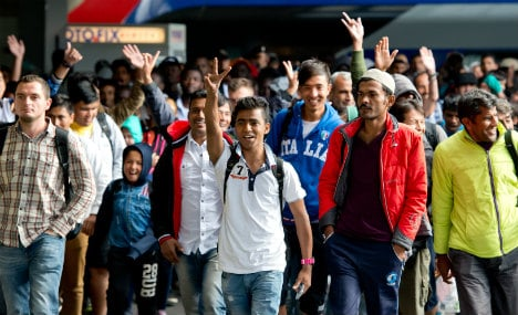 German courses, day labour: Syrian refugees' first year