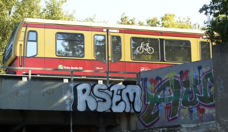 Teenagers killed by train while on tracks spraying graffiti