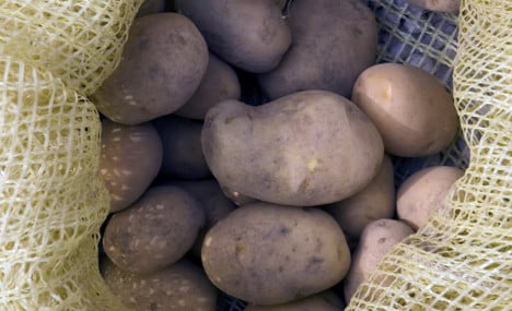 Frenchwoman finds WW1 grenade among her spuds