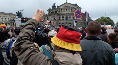 'Get out' jeering crowds tell Merkel in Dresden
