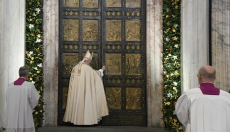 Pope closes Holy Door at Saint Peter's as jubilee ends