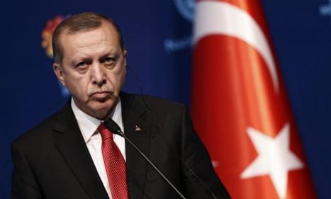 Germany: Erdogan threat to drop refugee deal 'not helpful'