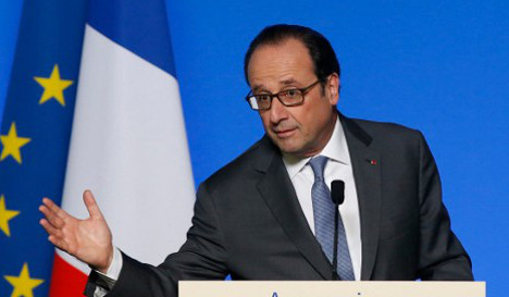 Probe opened after Hollande 'leaked Syria air strikes info'