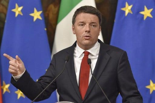 Renzi tries to calm fears of post-referendum economic meltdown