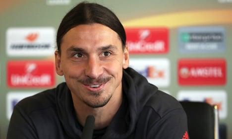 Zlatan Ibrahimovic to extend Man United deal