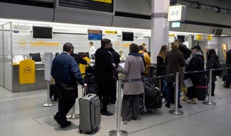 Pilots' strike pushes Lufthansa to cut 1,700 flights