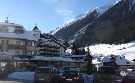 Ischgl ski resort bans off-slope ski boots after 8pm