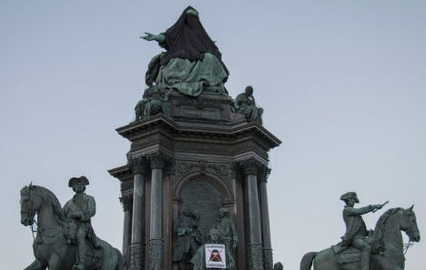 Identitarian group veils Maria Theresa statue