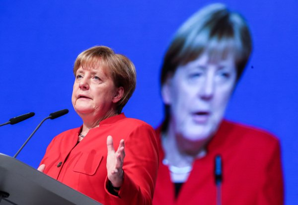 Merkel says she is for burqa ban where legally possible
