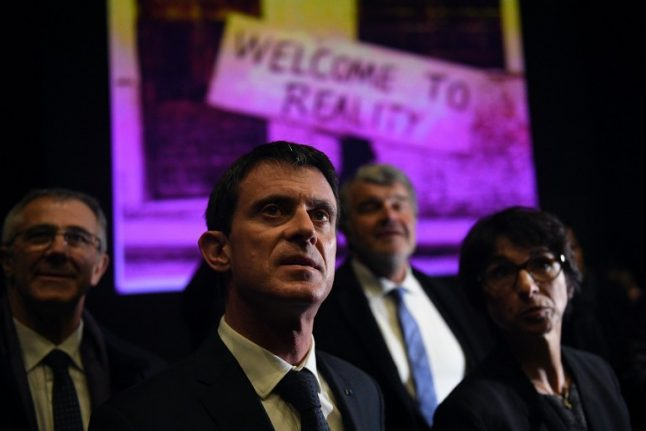 Uphill battle awaits frontrunner Valls on leftwing deadline day